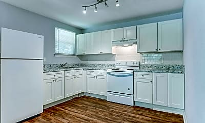 Kitchen, 1084 W 21st St, 1