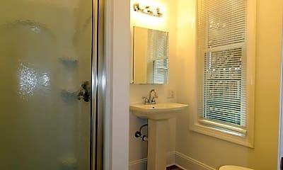 Bathroom, 605 N Front St, 2