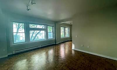 Living Room, 1907 1st Ave, 2