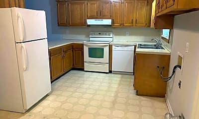 Kitchen, 420 Salem St, 1