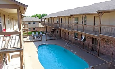 Pool, 614 Stringer St 114, 0