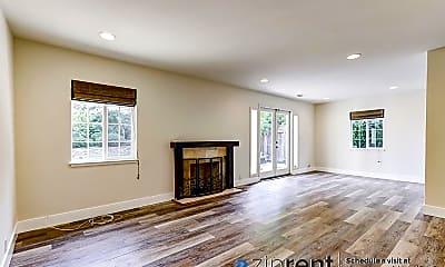 Living Room, 3125 Maddux Dr, 0