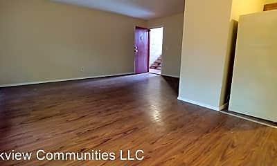 Living Room, 3001 Westwood Northern Blvd, 2
