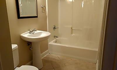 Bathroom, 722 Louisa St, 1