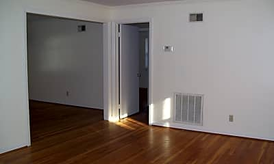 Living Room, 3605 Bu8ll Street #3, 1