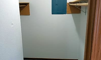 Bedroom, 601 Wallace Rd, 2