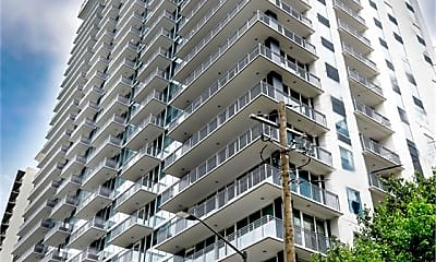 Building, 195 13th Street NE Unit #1, 2