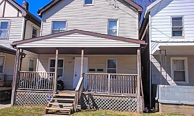 Building, 1308 E 36th St, 2