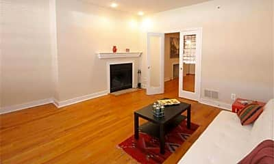 Living Room, 126 Arch St, 1