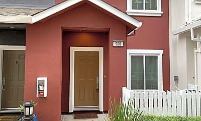Building, 900 Rancho Pl, 0