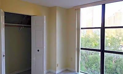 Bedroom, 17878 N Bay Rd, 2