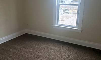 Bedroom, 3241 N Detroit Ave, 2