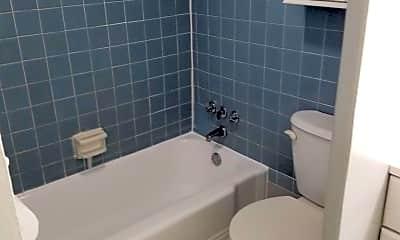 Bathroom, 922 24th St NW 520, 2