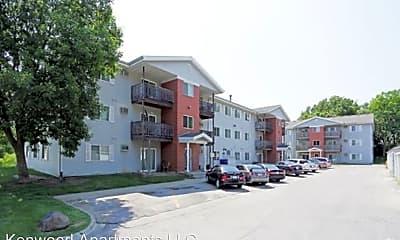Building, 221 E McKinley Ave, 0
