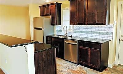 Kitchen, 89 E Edsel Ford Fwy 3C, 0