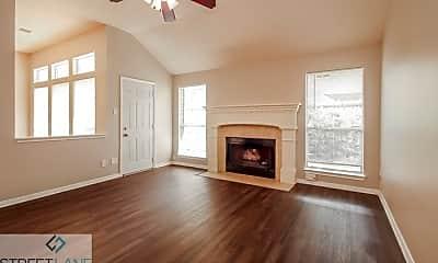 Living Room, 1350 Shrub Oak Dr, 1