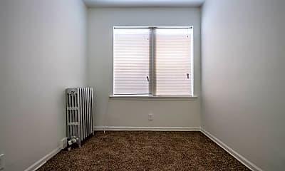Bedroom, 418 S Laramie Ave, 1