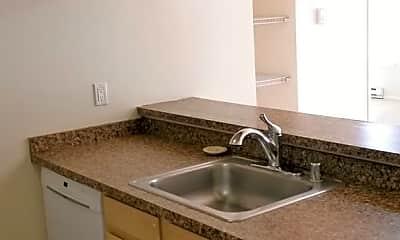 Kitchen, 4850 California Ave. SW HudsonSquare@northwestapartments.com, 1
