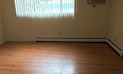Living Room, 1229 Cherry St, 1