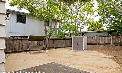 Patio / Deck, 318 Branner Ave, 2