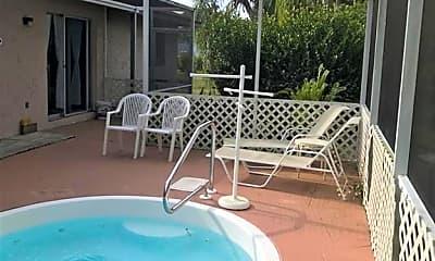 Pool, 15525 Kapok Ct, 2