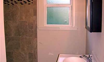 Bathroom, 409 Grove Ave, 2