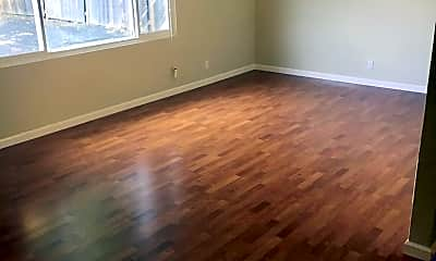 Living Room, 540 Almaden St, 1