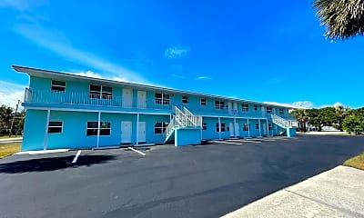 Building, 661 Hernando St, 1