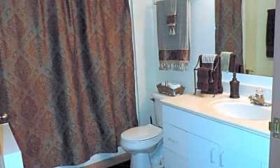Bathroom, N58W24011 Clover Dr, 2
