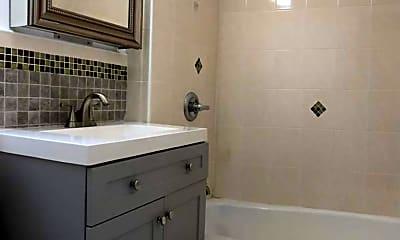 Bathroom, 201 E 35th St 1-H, 2