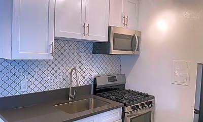 Kitchen, 5119 Fountain Ave, 1