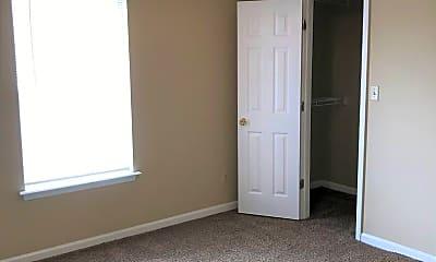 Living Room, 410 N Copeland St, 2