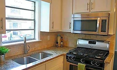 Kitchen, 816 Piedmont Ave NE 3, 1