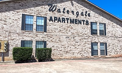 Watergate Apartments, 1