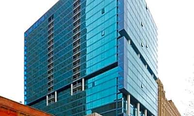 Building, 333 N LaSalle St, 0