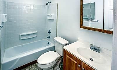 Bathroom, Birch Hill Apartments, 2