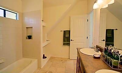Bathroom, 225 E Jacinto St, 2