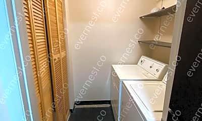 Bathroom, 2283 Hedgerow Road, 2