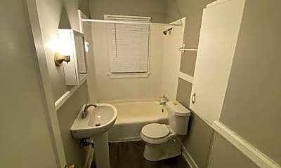 Bathroom, 1516 State Rd S-21-394, 2