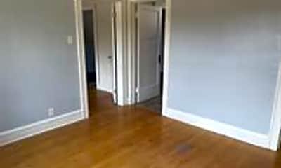 Living Room, 4522 W Burleigh St, 2