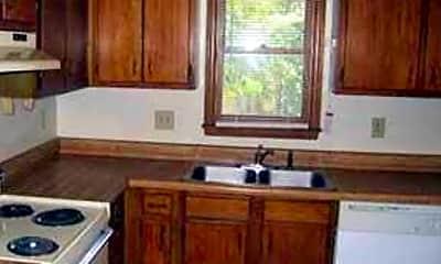Kitchen, 558 Brent Rd, 1