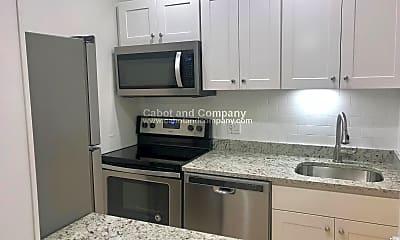 Kitchen, 475 Beacon St, 1