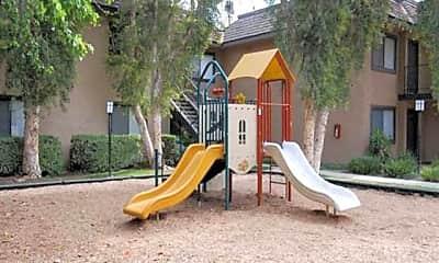 Playground, Riverwalk Landing Apartments, 2