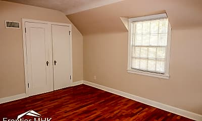 Bedroom, 501 Fairchild Terrace, 2