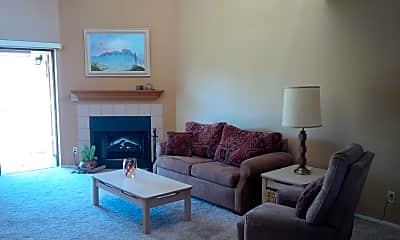 Living Room, 205 N 74th St 249, 1