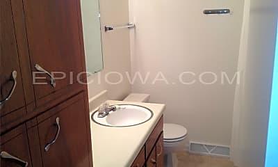 Bathroom, 1607 Hillside Dr NW, 2