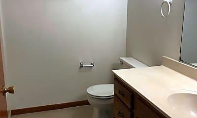 Bathroom, 1410 S Kernan Ave, 2