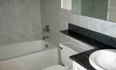 Bathroom, 381 3rd Ave, 2