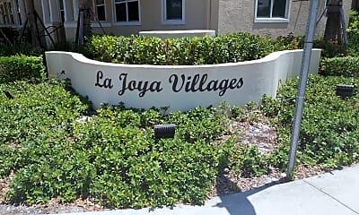 La Joya Villages, 1