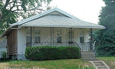 Building, 3812 Lagrange St, 0